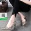 รองเท้าคัทชูส้นเข็มสีทอง หัวแหลม Style Chanel (สีทอง ) thumbnail 1