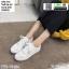 รองเท้าผ้าใบลายฉลุ แบบเชือก T70-WHI [สีขาว] thumbnail 3