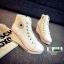 รองเท้าผ้าใบหุ้มข้อส้นเตารีดสีขาว ซิปข้าง Style Converse (สีขาว ) thumbnail 5