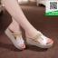 รองเท้าส้นเตารีดแบบสวมสีขาว เปิดส้น ทรงslope (สีขาว ) thumbnail 2