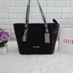 กระเป๋า Guess รุ่น SAFFIANO SHOPPER BAG สีดำ