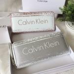 กระเป๋าสตางค์แบรนด์ Calvin Klein รุ่น Long Wallet มี 2 สี สีเงิน, สีชมพูพาสเทล
