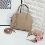 กระเป๋าแบรนด์ Keep รุ่น Tempa handbag มี 4 สี ดำ,น้ำตาล, กรม, เบจ