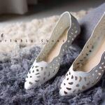 รองเท้าแฟชั่นทรง Pointed Toe Flat มี 3 สี ดำ ชมพูอ่อน ขาว รหัสรองเท้า: F59155