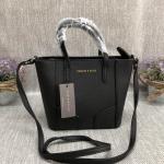 กระเป๋าแบรนด์ CHARLES & KEITH รุ่น Mini Tote Bag สีดำ size S