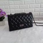 กระเป๋า Zara รุ่น chain shoulder bag สีดำ