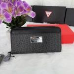 กระเป๋าสตางค์แบรนด์ Guess รุ่น limited edition ลายสกรีนตัว G มี 2 สี ดำ , แดง