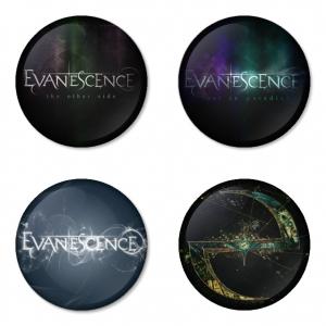 ของที่ระลึกวง Evanescence เลือกด้านหลังได้ 4 แบบ เข็มกลัด, แม่เหล็ก, กระจกพกพา หรือ พวงกุญแจที่เปิดขวด 1 แพ็ค 4 ชิ้น [14]