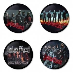 ของที่ระลึกวง Judas Priest เลือกด้านหลังได้ 4 แบบ เข็มกลัด, แม่เหล็ก, กระจกพกพา หรือ พวงกุญแจที่เปิดขวด 1 แพ็ค 4 ชิ้น [9]