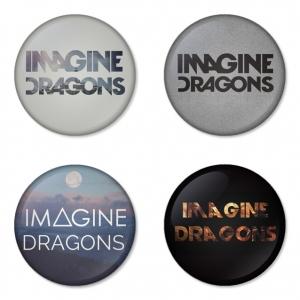ของที่ระลึกวง Imagine Dragon เลือกด้านหลังได้ 4 แบบ เข็มกลัด, แม่เหล็ก, กระจกพกพา หรือ พวงกุญแจที่เปิดขวด 1 แพ็ค 4 ชิ้น [6]
