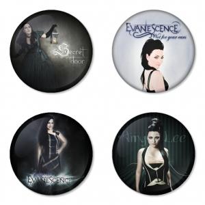 ของที่ระลึกวง Evanescence เลือกด้านหลังได้ 4 แบบ เข็มกลัด, แม่เหล็ก, กระจกพกพา หรือ พวงกุญแจที่เปิดขวด 1 แพ็ค 4 ชิ้น [5]
