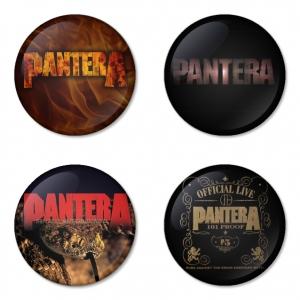 ของที่ระลึกวง Pantera เลือกด้านหลังได้ 4 แบบ เข็มกลัด, แม่เหล็ก, กระจกพกพา หรือ พวงกุญแจที่เปิดขวด 1 แพ็ค 4 ชิ้น [1]