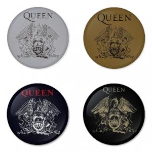 ของที่ระลึกวง Queen เลือกด้านหลังได้ 4 แบบ เข็มกลัด, แม่เหล็ก, กระจกพกพา หรือ พวงกุญแจที่เปิดขวด 1 แพ็ค 4 ชิ้น [9]