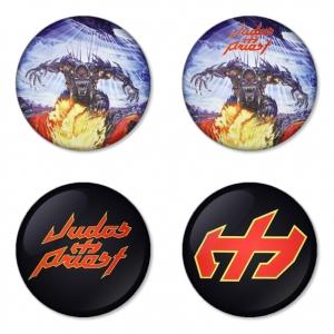 ของที่ระลึกวง Judas Priest เลือกด้านหลังได้ 4 แบบ เข็มกลัด, แม่เหล็ก, กระจกพกพา หรือ พวงกุญแจที่เปิดขวด 1 แพ็ค 4 ชิ้น [7]