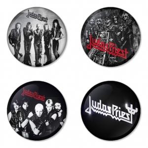ของที่ระลึกวง Judas Priest เลือกด้านหลังได้ 4 แบบ เข็มกลัด, แม่เหล็ก, กระจกพกพา หรือ พวงกุญแจที่เปิดขวด 1 แพ็ค 4 ชิ้น [11]