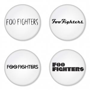 ของที่ระลึกวง Foo Fighters เลือกด้านหลังได้ 4 แบบ เข็มกลัด, แม่เหล็ก, กระจกพกพา หรือ พวงกุญแจที่เปิดขวด 1 แพ็ค 4 ชิ้น [12]