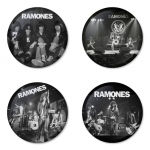 ของที่ระลึกวง Ramones เลือกด้านหลังได้ 4 แบบ เข็มกลัด, แม่เหล็ก, กระจกพกพา หรือ พวงกุญแจที่เปิดขวด 1 แพ็ค 4 ชิ้น [14]