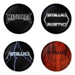 ของที่ระลึกวง Metallica เลือกด้านหลังได้ 4 แบบ เข็มกลัด, แม่เหล็ก, กระจกพกพา หรือ พวงกุญแจที่เปิดขวด 1 แพ็ค 4 ชิ้น [1]