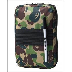 (พร้อมส่ง) กระเป๋า A BATHING APE® IPad Mini, Multi Storage Case x Smart Magazine (スマート)