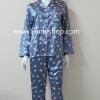 ชุดนอน(ญ)ผ้าซาตินกางเกงขายาวแขนยาว แบบลายดอก โทนสีเทาข้ม ตัวเสื้อรอบอก 40 นิ้ว