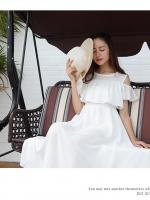 เดรสสีขาว ผ้าชีฟองตัวยาว งานพริ้วๆ โชว์ไหล่เล็กน้อย เอวสมอคยืด แบบสวม(ควรใส่ซับเพิ่มนะคะ) เดินทะเลชิวๆได้จ้า