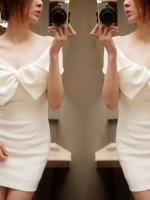 เดรสสีขาว ผ้ายืดหยุ่น งานน่ารักปาดไหล่โบว์ใหญ่ มีสายเล็กๆคาด แบบสวม (ใส่ซับเพิ่มเล็กน้อยนะคะ)