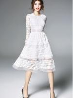 (มี 2XL)เดรสสีขาว ผ้าลูกไม้ใบไม้ลายฉลุ งานสวยยย คาดลายสลับต่อผ้าซีทรูลายเส้นได้ทรง แขนยาว คอหยักน่ารักหวานๆ ซิปหลัง
