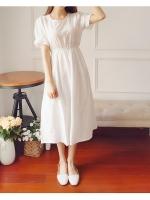 เดรสสีขาว ตัวยาว ผ้าฝ้ายลายปักทั้งตัวน่ารักๆ ดูเรียบๆแต่หวานจ้า (ควรใส่ซับเพิ่มนะคะ) แบบสวม เอวสมอค ตรงปลายแขนจะกระดิ่งเล็กๆจ้า