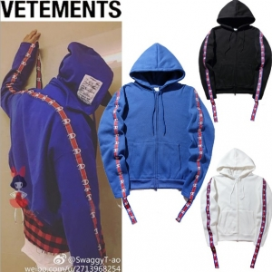 (Pre-Order) เสื้อ Vetements x Champion Hoodie