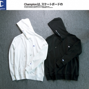 (Pre-Order) เสื้อ Champion Hoodie Logo Embroidery