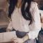 เสื้อสีขาว ผ้ามันลื่นใส่สบายๆ คอปกน่ารักๆแนววัยรุ่น กระดุมแกะจริง แขนยาว ใส่แบบปล่อยๆกับกางเกงยีนส์ หรือใส่ในเสื้อกับกระโปรงหวานๆได้จ้า (ใส่เสื้อกล้ามด้านในเพิ่มนิดนะคะ) thumbnail 3