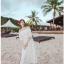 เดรสสีขาว สไตล์ปาดไหล่ งานสวยลายฉลุหวานน่ารักมากกกกก ถ่าย pre-wed ถ่ายชิวทะเลได้เลยจ้า แบบสวม เอวสมอค thumbnail 1