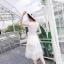 เดรสสีขาว งานน่ารักๆหวานๆ ผ้าลูกไม้ด้านบนต่อผ้าแก้วด้านล่าง มีซับใน ตรงกระโปรงด้านนอกลายจุดหิมะรอบตัว ประดับเม็ดสีเงินดูหรูหรา แถมผ้าผูกเอวให้ด้วยจ้า thumbnail 7