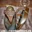 รองเท้าสุขภาพ โซฟาสีทองอร่ามสวย หน้าเพชรลายสวยมากก บุด้านในคาดนุ่มสบายเท้า ด้านข้างคาดหนังสีทองสวย thumbnail 5
