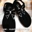 รองเท้ารัดส้นสีดำ พื้นบุนุ่มกำมะหยี่ งานสวย ประดับเพชรรูปโบว์ด้านหน้า ใส่ได้หลายโอกาสจ้า แตะรัดส้น ใส่ทำงาน เดินห้าง ช้อปปิ้ง รับลูก ได้หมดจ้า ใส่สบายๆ thumbnail 3