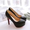 พรีอเดอร์ รองเท้าแฟชั่น 32-46 รหัส Y-4014