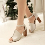 Preorder รองเท้าแฟชั่น สไตล์เกาหลี 34-43 รหัส 9DA-0083