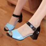 Preorder รองเท้าแฟชั่น สไตล์เกาหลี 31-43 รหัส 9DA-8940