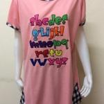 เสื้อคอกลมคนอ้วนลายปักตัวอักษรภาษาอังกฤษ สีโอรส