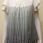เสื้อคอกลมผ้าจอร์เจีย สีขาว BY Tucky