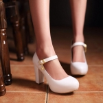 Preorder รองเท้าแฟชั่น สไตล์เกาหลี 34-43 รหัส 9DA-9699