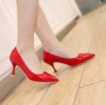 พรีอเดอร์ รองเท้าแฟชั่น 33-48 รหัส Y-3068