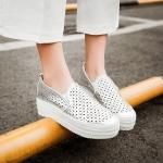 Preorder รองเท้าแฟชั่น สไตล์เกาหลี 34-43 รหัส 9DA-4879