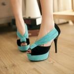 Preorder รองเท้าแฟชั่น สไตล์เกาหลี 32-42 รหัส 9DA-8105