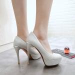 พรีอเดอร์ รองเท้าแฟชั่น 32-43 รหัส Y-7924