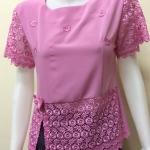 เสื้อคอกลมผ้าชีนาเม็นลูกไม้ สีชมพู