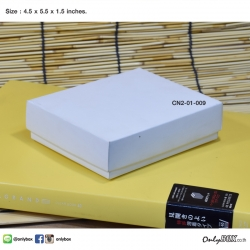 CN2-01-009 : กล่องฝาครอบ ขนาด 4.5 x 5.5 x 1.5 นิ้ว ไม่มีหน้าต่าง