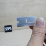 ใบมีดสำหรับแกะชิ้นงาน 3D Printer (2.2 x 3.9cm Double Edged Razor Blades)