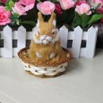 กระต่าย สีน้ำตาล จำลองในตะกร้าหวาย 11x12 CM
