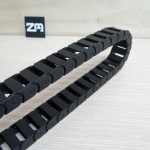 10 X 20 mm Cable Drag Chain Radius 18mm ยาว 1M และ End Fits หัวท้าย
